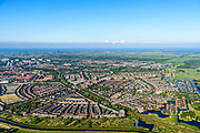 Nederland, Noord-Holland, Gemeente Purmerend, 13-06-2017; nieuwbouwwijk Weidevenne, gezien naar Polder De Purmer. IJsselmeer in het verschiet.<br /> Purmerend, small city north of Amsterdam w new residential quarters<br /> <br /> luchtfoto (toeslag op standard tarieven);<br /> aerial photo (additional fee required);<br /> copyright foto/photo Siebe Swart