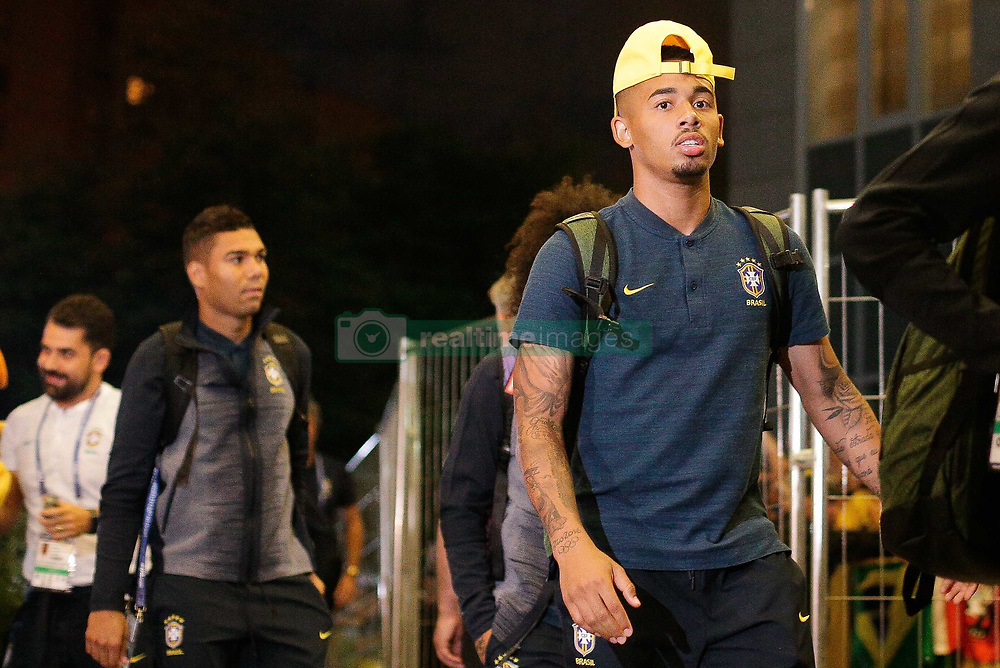 June 25, 2018 - Moscou, Rússia - MOSCOU, MO - 25.06.2018: ARRIVAL OF THE SELECTION IN MOSCOW - Striker Gabriel Jesus arrives at the Hotel Renaissence Monarch, where the selection will be hosted in Moscow, Russia. (Credit Image: © Marcelo Machado De Melo/Fotoarena via ZUMA Press)