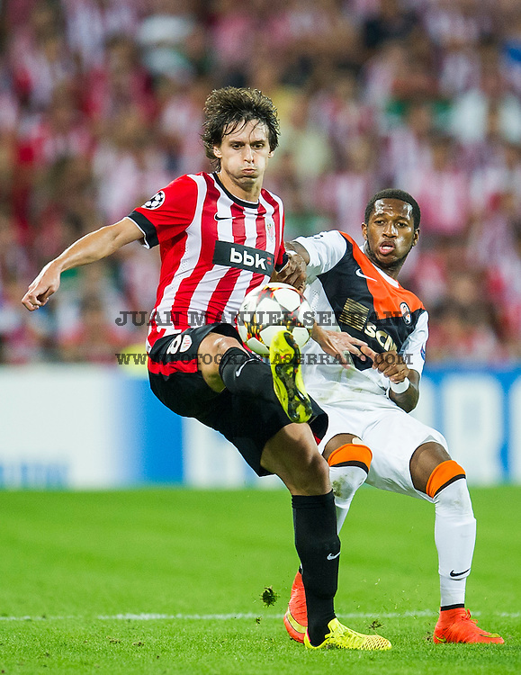 BILBAO, SPAIN - SEPTEMBER 17:  Ander Iturraspe of Athletic Club Bilbao duels for the ball with Fred of Shakhtar Donetsk during the UEFA Champions League Group H match between Athletic Club and Shakhtar DonetskÊat San Mames Stadium on September 17, 2014 in Bilbao, Spain. Ê  (Photo by Juan Manuel Serrano Arce/Getty Images)