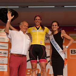 30-08-2016: Wielrennen: Ladies Tour: Tiel      <br /> TIEL (NED) wielrennen    <br /> De Boels Ladies Tour begon met een etappe door de Betuwe<br /> DONGEN Minke (regioteam Zuid-Holland) Ldster berg klassement