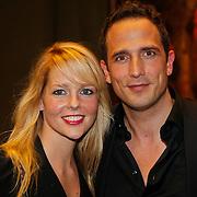 NLD/Amsterdam/20101108 - Presentatie musicalboek Joop van der Ende Stichting, Chantal Janzen en partner Marco Geeratz
