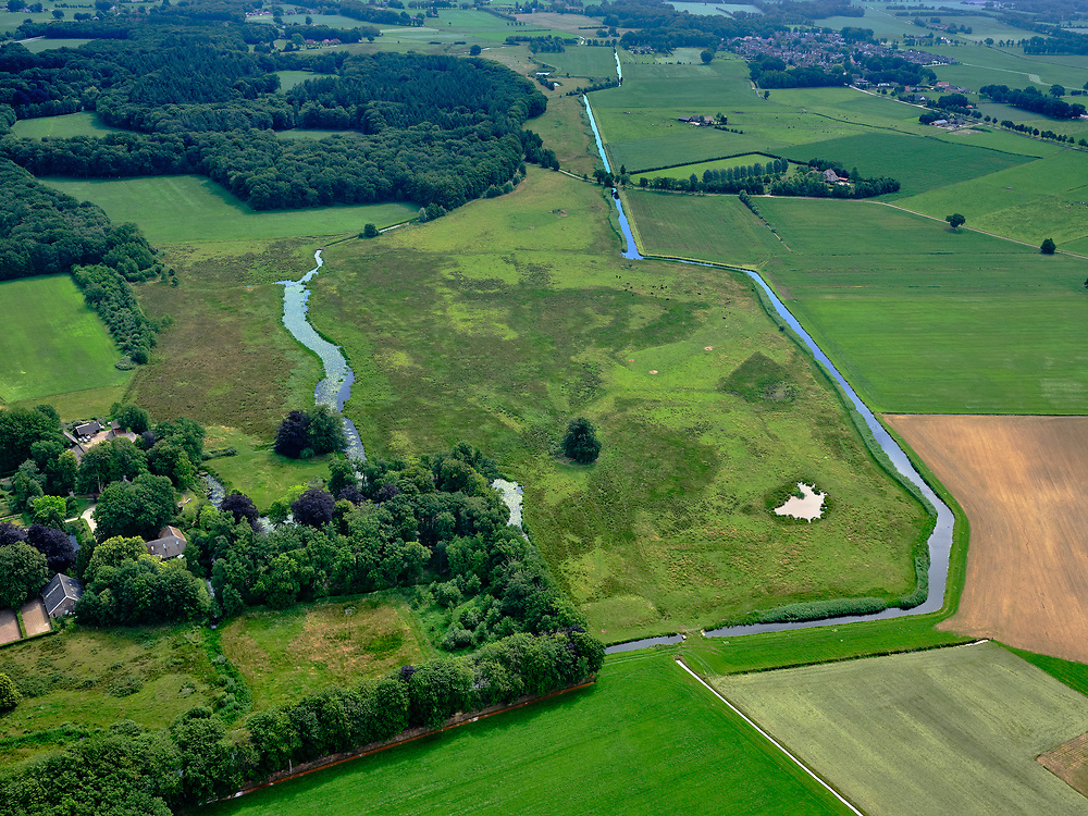 Nederland, Overijssel, Gemeente Dalfsen ; 21–06-2020; Vechtdal in Salland, Landgoed de Horte, even ten zuidwesten van Dalfsen. Eigendom Landschap Overijssel.<br /> Country Estate.<br /> <br /> aerial photo (additional fee required)<br /> copyright © 2020 foto/photo Siebe Swart