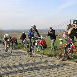 27-02-2016: Wielrennen: Omloop Nieuwsblad vrouwen: Gent<br />GENT (BEL) wielrennen<br />De opening van het Noord Europese wielerseizoen is traditioneel de opening van het wielerseizoen bij de mannen en vrouwen. Paterberg (131) Cecile Ultrup Ludwig, Vita Heine
