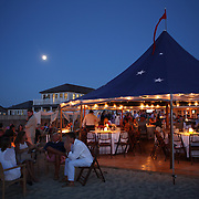 Patrons at Galley Beach beachside restaurant, Nantucket,  Nantucket Island, Massachusetts, USA. Photo Tim Clayton