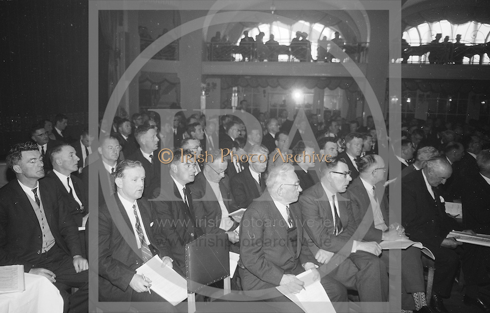 Annual Congress, GAA held in the Gresham Hotel, Dublin. 18.4.65. *** Local Caption *** It is important to note that under the COPYRIGHT AND RELATED RIGHTS ACT 2000 the copyright of these photographs are the property of the photographer and they cannot be copied, scanned, reproduced or electronically stored in any form whatsoever without the written permission of the photographer
