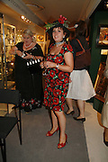 Charlotte  Howard. The opening  day of the Grosvenor House Art and Antiques Fair.  Grosvenor House. Park Lane. London. 14 June 2006. ONE TIME USE ONLY - DO NOT ARCHIVE  © Copyright Photograph by Dafydd Jones 66 Stockwell Park Rd. London SW9 0DA Tel 020 7733 0108 www.dafjones.com