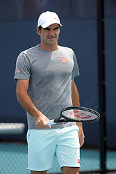 March 23, 2019 - Miami Gardens, Florida, United States Of America - MIAMI GARDENS, FLORIDA - MARCH 23:  Roger Federer on the practice court day 6 of the Miami Open Presented by Itau at Hard Rock Stadium on Saturday on March 23, 2019 in Miami Gardens, Florida..People: Roger Federer. (Credit Image: © SMG via ZUMA Wire)
