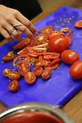 Preparing tomatoes