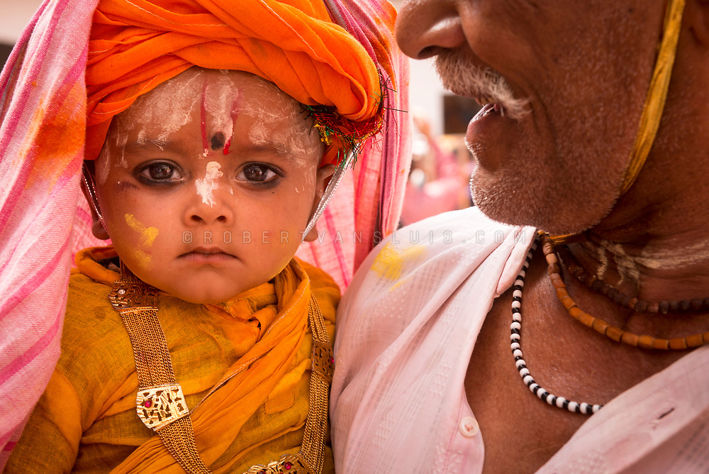 Portrait of a child at the Huranga festival, Dauji temple, Baldeo, India. Photo © robertvansluis.com