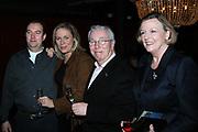 DVD Presentatie Chez Louis in Le Garage (restaurant van Joop Braakhekke in Amsterdam .<br /> <br /> Op de foto :<br /> <br /> Selma van Dijk en haar man en Louis van Dijk met Aleid Boersma