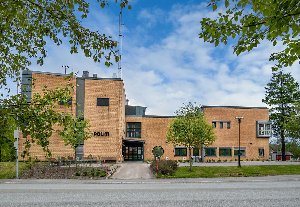 Politiet holder til i Justisbygget i Mosjøen, Vefsn kommune. Justisbygget i Mosjøen ligger i Skjervgata 41, ved den nordre innfartsveien til Mosjøen sentrum.