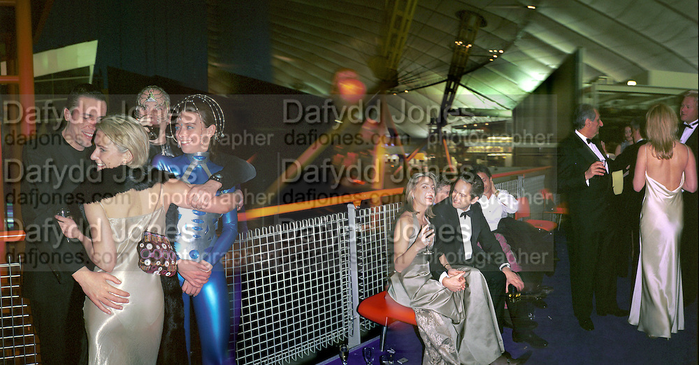 Anouskha Menzies Mathew du Cann, Momo Laura,  Laura toledeMr. and Mrs. Andy Wong Chinese Year of the Dragon. Millenium Dome. 29/1/2000.<br /> © Copyright Photograph by Dafydd Jones<br /> 66 Stockwell Park Rd. London SW9 0DA<br /> Tel 0171 733 0108. wwwdafjones.com