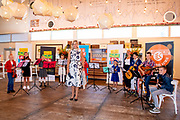 Hendrik-Ido-Ambacht, 09-09-2020, TheaterHangaar <br /> <br /> Koningin Maxima tijdens de landelijke MuziekTafeldag, georganiseerd door de stichting Méér Muziek in de Klas. Tijdens de bijeenkomst in de Theaterhangaar in Katwijk spreken verschillende regionale vertegenwoordigers over ervaringen en successen om duurzaam muziekonderwijs in hun regio te verankeren. Koningin Máxima is erevoorzitter van de stichting Méér Muziek in de Klas.<br /> <br /> Queen Maxima during the national Music Table Day, organized by the Méér Muziek in de Klas foundation. During the meeting in the Theaterhangaar in Katwijk, various regional representatives will talk about experiences and successes to anchor sustainable music education in their region. Queen Máxima is honorary chairman of the Méér Muziek in de Klas foundation.