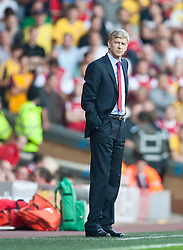 15.08.2010, Anfield, Liverpool, ENG, PL, FC Liverpool vs FC Arsenal, im Bild Arsenal's manager Arsene Wenger during the Premiership match against Liverpool at Anfield. l. EXPA Pictures © 2010, PhotoCredit: EXPA/ Propaganda/ David Rawcliffe / SPORTIDA PHOTO AGENCY