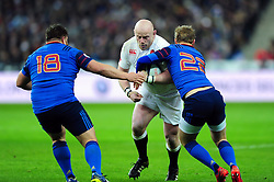 Dan Cole of England takes on the France defence - Mandatory byline: Patrick Khachfe/JMP - 07966 386802 - 19/03/2016 - RUGBY UNION - Stade de France - Paris, France - France v England - RBS Six Nations.