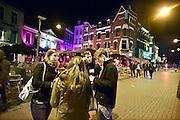 Nederland, Nijmegen, 31-10-2014Studenten houden campagne onder het uitgaanspubliek om voorlichting te geven over straatroof.FOTO: FLIP FRANSSEN/ HOLLANDSE HOOGTE