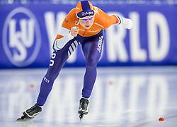 11-12-2016 NED: ISU World Cup Speed Skating, Heerenveen<br /> Melissa Wijfje pakt brons op de 5000 m