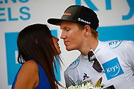 Podium, Hotess, Miss, kiss, Soren Kragh Andersen (DEN - Team Sunweb) during the 105th Tour de France 2018, Stage 7, Fougeres - Chartres (231km) on July 13th, 2018 - Photo Luca Bettini / BettiniPhoto / ProSportsImages / DPPI