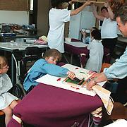 Kinderen Mythielschool de Trappenberg maken kunstwerken