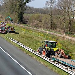 08-04-2020: Nieuws: Stockfotos: Nederland <br />Wegwerkzaamheden