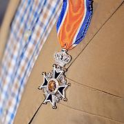 NLD/Naarden/20080417 - Koninklijke onderscheiding radiodj Ferry Maat,