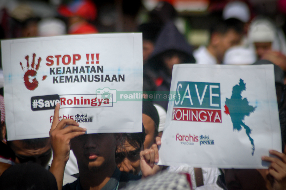 September 8, 2017 - Semarang, Central Java, Indonesia - Indonesian Muslims hold banners and shout slogans during a protest in Semarang, Central Java Province, Indonesia on September 08, 2017, condemning the Myanmar army's military operations and oppression towards Rohingya Muslims in Rakhine State of Myanmar. Photo by WF Sihardian  (Credit Image: © Wf Sihardian/NurPhoto via ZUMA Press)