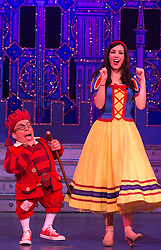"© Licensed to London News Pictures. 06/12/2012. London, England. Lizzie Jay-Hughes as Snow White with Warwick Davis as Prof and other dwarfs. Priscilla Presley makes her pantomime debut in ""Snow White and the Seven Dwarfs"" at the New Wimbledon Theatre, Wimbledon, from 7 December 2012 to 13 January 2013. Warwick Davis and Jarred Christmas star alongside her. Photo credit: Bettina Strenske/LNP"