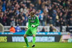 19.10.2013, St. James Park, New Castle, ENG, Premier League, ENG, Premier League, Newcastle United vs FC Liverpool, 8. Runde, im Bild Newcastle United's goalkeeper Tim Krul celebrates his side's second goal against Liverpool // during the English Premier League 8th round match between Newcastle United and Liverpool FC St. James Park in New Castle, Great Britain on 2013/10/19. EXPA Pictures © 2013, PhotoCredit: EXPA/ Propagandaphoto/ David Rawcliffe<br /> <br /> *****ATTENTION - OUT of ENG, GBR*****