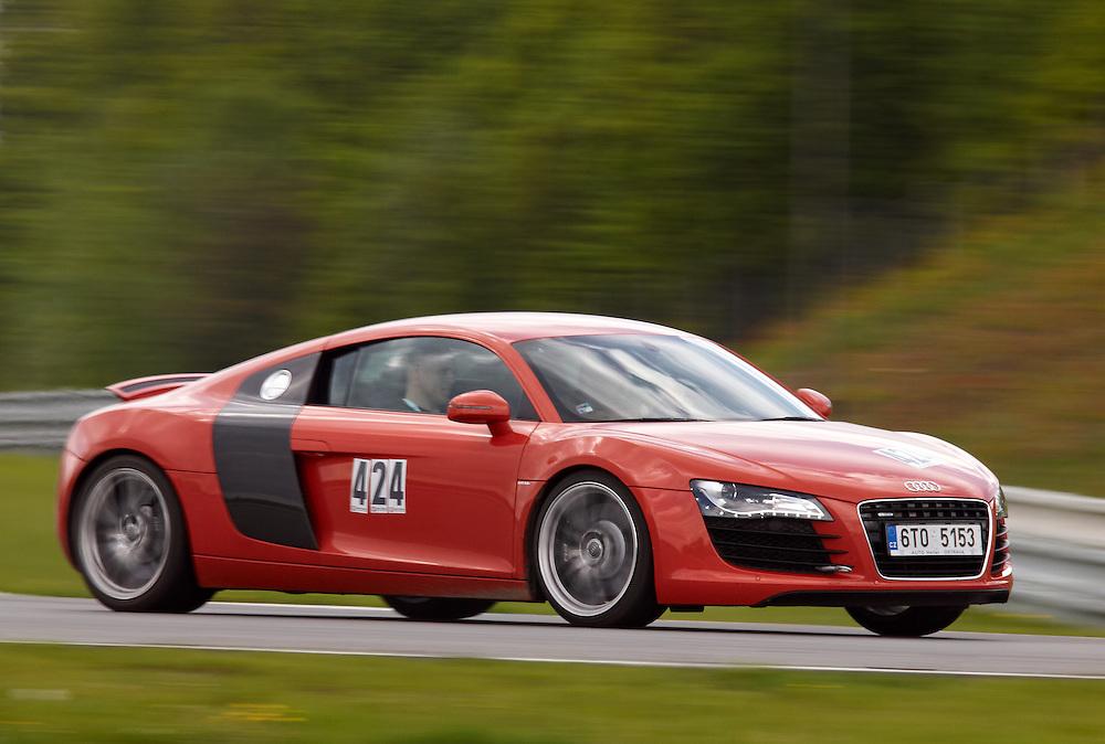 Race days - Audi R8