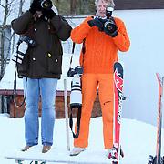 AUT/Lech/20080210 - Fotosessie Nederlandse Koninklijke familie in lech Oostenrijk, fotografen Edwin Smulders en Albert den Iseger
