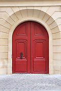 The door to  aprivate mansion in the 6th arronidissement, Rue Hautrefeuille, Pairs, France