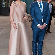 NLD/Amsterdam/20180416 - Koningin Maxima aanwezig bij de première van The Color Purple, koningin Maxima en producent Maarten Voogel