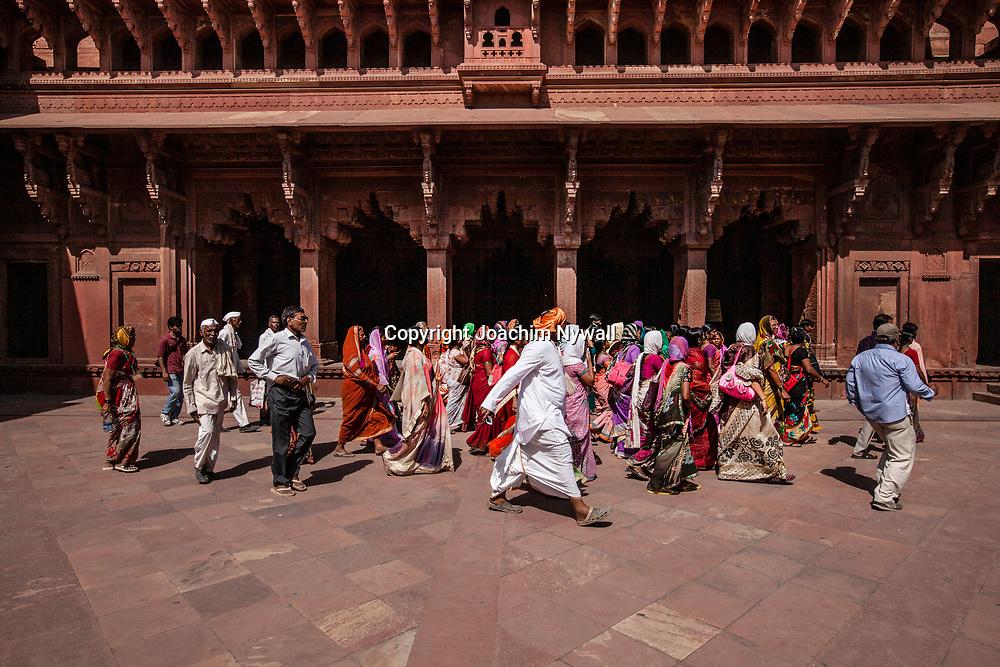 2016 10 20 Agra India Uttar Pradesh<br /> Agra Fort Red Fort. Agra<br /> ...............................................................<br /> <br /> FOTO : JOACHIM NYWALL KOD 0708840825_1<br /> COPYRIGHT JOACHIM NYWALL<br /> <br /> ***BETALBILD***<br /> Redovisas till <br /> NYWALL MEDIA AB<br /> Strandgatan 30<br /> 461 31 Trollhättan<br /> Prislista enl BLF , om inget annat avtalas.