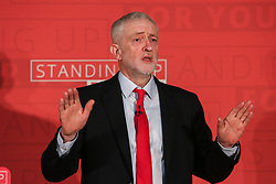 © Licensed to London News Pictures. 04/04/2017. Newark, UK. Labour leader Jeremy Corbyn speaks at a meeting in Newark to outline the party's aims in the upcoming local elections. Photo credit : Ian Hinchliffe/LNP