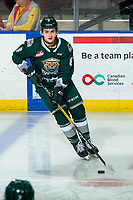 KELOWNA, BC - FEBRUARY 28: Ronan Seeley #8 of the Everett Silvertips warms up on the ice with the puck against the Kelowna Rockets at Prospera Place on February 28, 2020 in Kelowna, Canada. (Photo by Marissa Baecker/Shoot the Breeze)