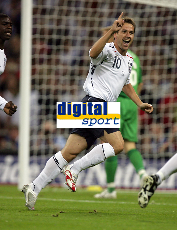 Photo: Rich Eaton.<br /> <br /> England v Russia. UEFA European Championships Qualifying. 12/09/2007. England's Michael Owen  celebrates after scoring the opening goal of the game.