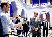 BERLIJN, 07-07-2021,  TU Berlin<br /> <br /> Koning Willem Alexander en Koningin Maxima tijdens het Staatsbezoek aan Duitsland. Het bezoek aan Berlijn vormt de afronding van een reeks deelstaatbezoeken die het Koninklijk Paar sinds 2013 aan Duitsland heeft gebracht. <br /> FOTO: Brunopress/POOL/Sem van der Wal<br /> <br /> King Willem Alexander and Queen Maxima during the state visit to Germany. The visit to Berlin concludes a series of state visits that the Royal Couple has made to Germany since 2013. Brunopress/POOL/Sem van der Wal<br /> <br /> Op de foto / On the photo: Koninklijk Paar bij TU Berlin voorBerlijn wetenschapsjaar 2021 // Royal Couple at TU Berlin for Berlin science year 2021