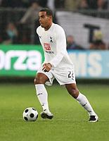 Photo: Maarten Straetemans/Sportsbeat Images.<br /> Anderlecht v Tottenham Hotspur. UEFA Cup. 06/12/2007.<br /> Tom Huddlestone (Tottenham)