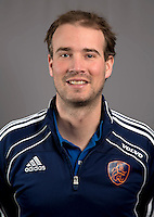 AMSTELVEEN - Keeperstrainer MARK JENNISKENS , Nederlands Meisjes B hockey. Foto KOEN SUYK