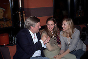 TOM SMAIL; ALBA ARIKHA; ALLEGRA HICKS, Book party for Janine di Giovanni's Ghosts by Daylight. Blake's Hotel. South Kensington. London. 12 July 2011. <br /> <br />  , -DO NOT ARCHIVE-© Copyright Photograph by Dafydd Jones. 248 Clapham Rd. London SW9 0PZ. Tel 0207 820 0771. www.dafjones.com.