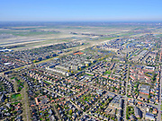 Nederland, Noord-Holland, Haarlemmermeer, 03-23-2020; Badhoevedorp, Akerdijk (rechts) met zicht op Badhoevedorp en de Haarelmemrmeer.<br /> <br /> luchtfoto (toeslag op standard tarieven);<br /> aerial photo (additional fee required)<br /> copyright © 2020 foto/photo Siebe Swart