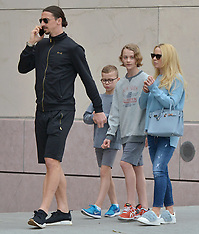 Zlatan Ibrahimovic out for lunch with his family - 8 April 2018