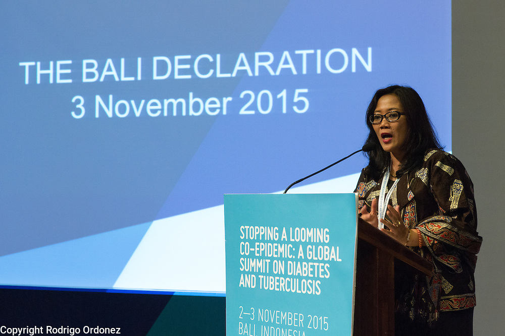 Dr Dyah Erti Mustikawati, National Diabetes Mellitus Program Manager for Indonesia's Ministry of Health, speaks at the closing of the global summit on diabetes and tuberculosis in Bali, Indonesia, on November 3, 2015.<br /> The increasing interaction of TB and diabetes is projected to become a major public health issue.The summit gathered a hundred public health officials, leading researchers, civil society representatives and business and technology leaders, who committed to take action to stop this double threat. (Photo: Rodrigo Ordonez for The Union)