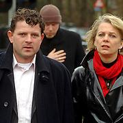 NLD/Driehuis/20060408 - Uitvaart Frederique Huydts, Mary-lou Steenis en partner Bram Maarsseveen