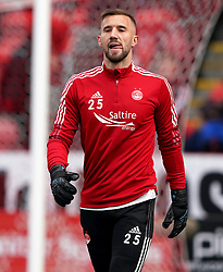 Aberdeen goalkeeper Gary Woods warming up prior to kick-off during the cinch Premiership match at Pittodrie Stadium, Aberdeen. Picture date: Sunday October 3, 2021.