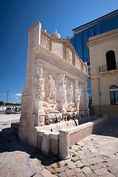 Fontana greca, piccolo gioiello della città ionica di Gallipoli (LE) posta nei pressi del Porto Pescherecci.