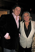 Marco Pierre White and Peter Stringfellow. fund raising dinner hosted  by Marco Pierre White and Franki Dettori at  Frankie's. Knightsbridge. 17 January 2004. ONE TIME USE ONLY - DO NOT ARCHIVE  © Copyright Photograph by Dafydd Jones 66 Stockwell Park Rd. London SW9 0DA Tel 020 7733 0108 www.dafjones.com