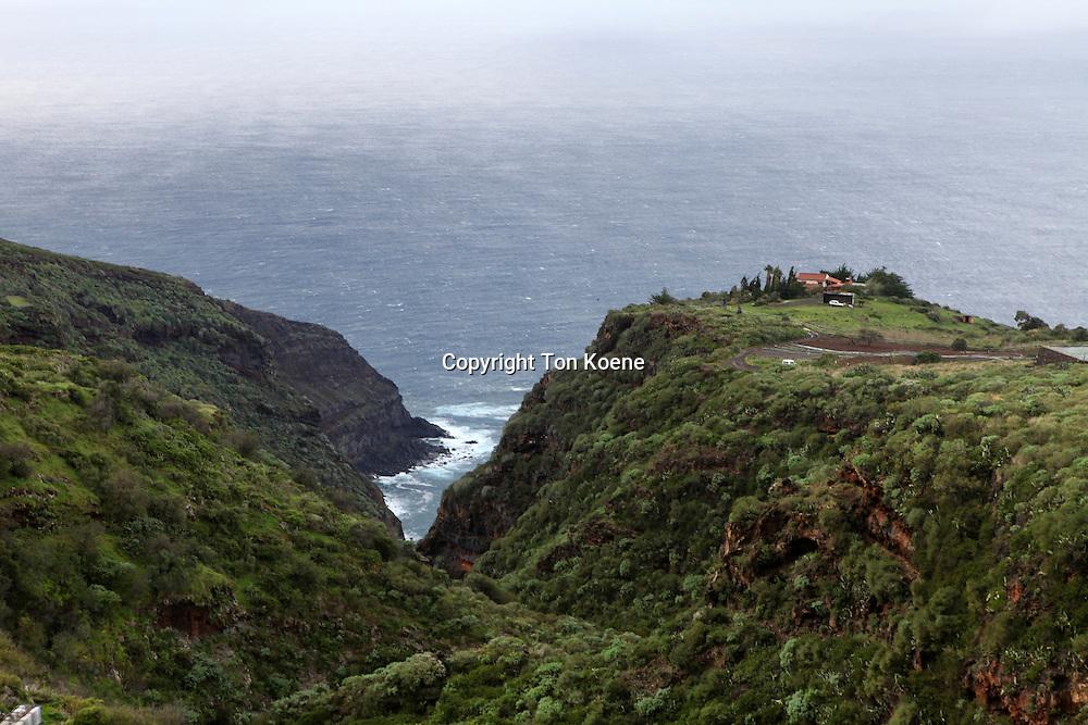 view on the west coast of la palma