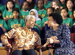 Nov. 17, 2001 - Toronto, ON, Canada - Nelson Mandela and his wife Graca Machel share a private moment during a ceremony to rename a school Nelson Mandela Park Public School in Toronto on Saturday Nov. 17, 2001. The former South African president, who spent much of 2013 in and out of the hospital, died Thursday, Dec. 5, 2013 at age 95. THE CANADIAN PRESS/Frank Gunn (Credit Image: © Frank Gunn/The Canadian Press/ZUMAPRESS.com)