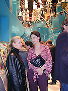 Maria Grachvogel. Marni shop opening. Sloane St. London. 25 October 2000. © Copyright Photograph by Dafydd Jones 66 Stockwell Park Rd. London SW9 0DA Tel 020 7733 0108 www.dafjones.com